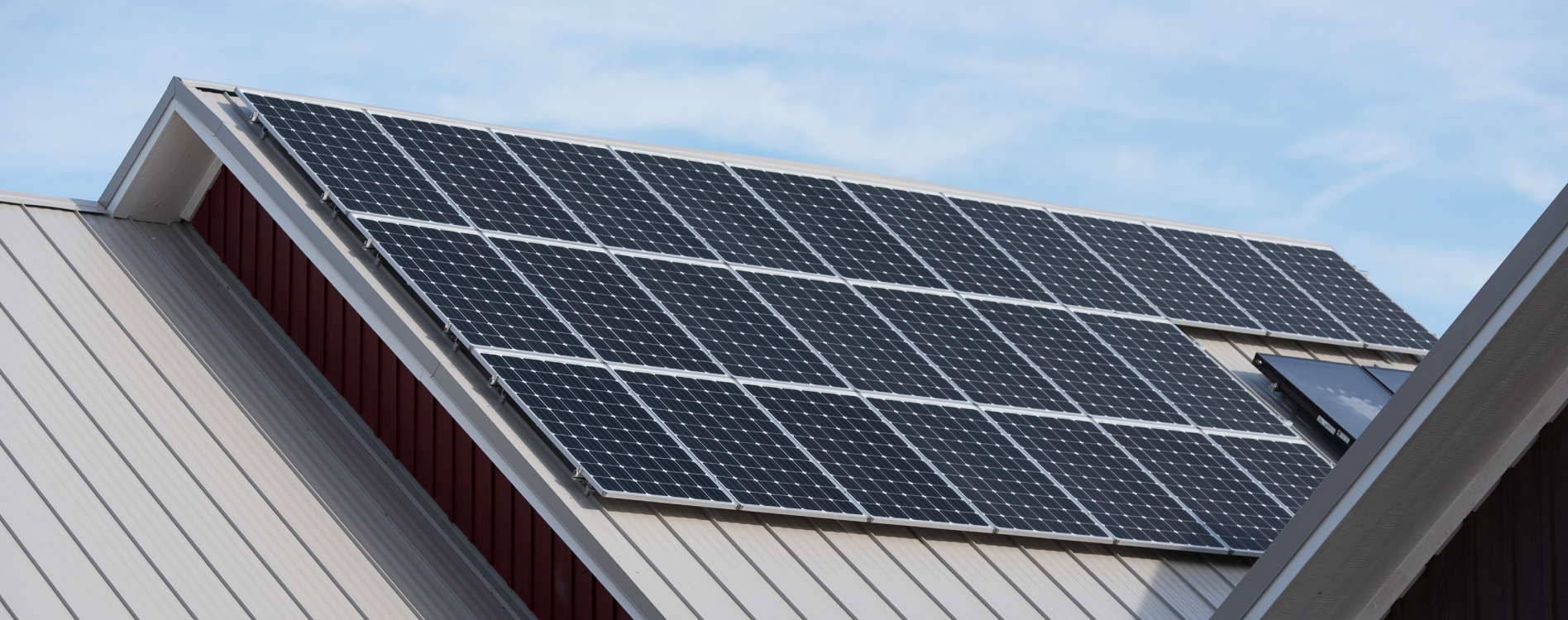 Top four benefits of installing solar panels on your home for Green home guide